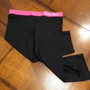 Nike Pro Women's Workout Crop Pants